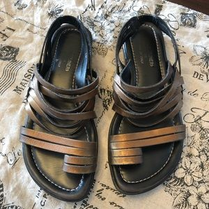 Donald J Pliner Gefen Bronze Metallic Sandals  7.5